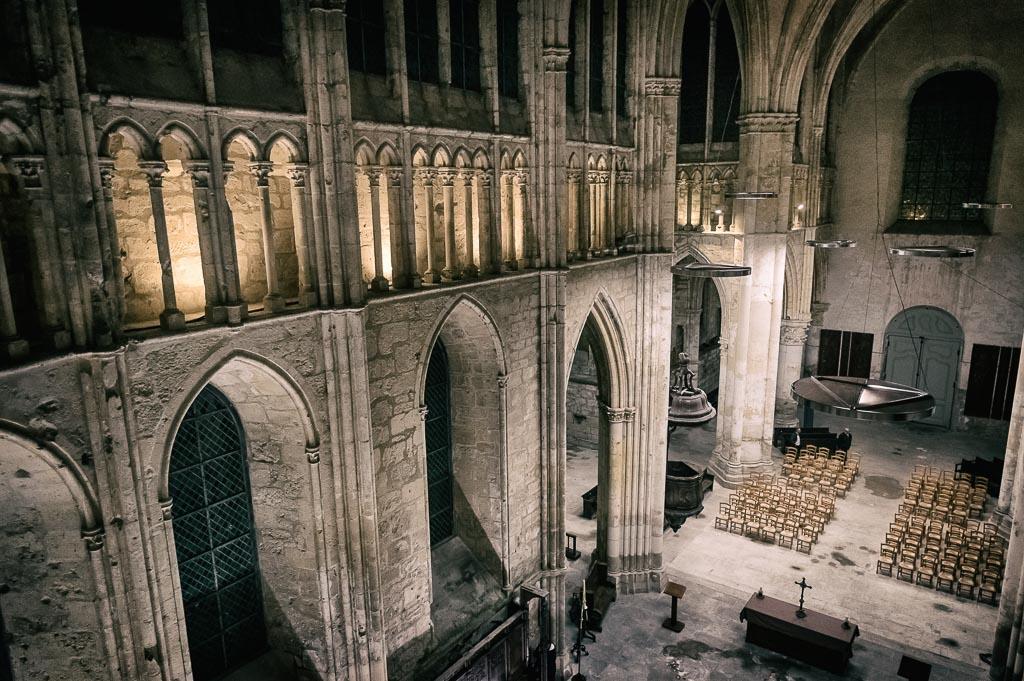 Abbatiale Saint-Ferréol. Asf-08